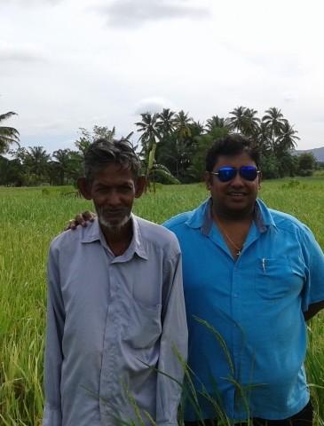 meeting-with-Suwandell-farmer